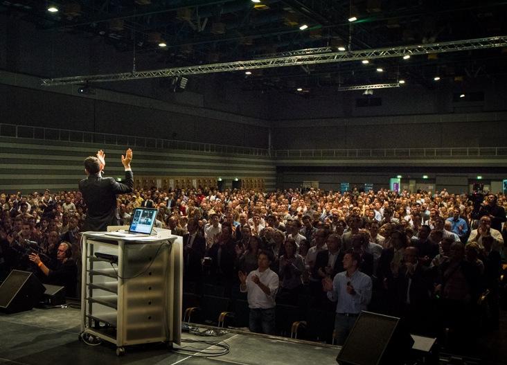 Industry-Rockstar-Audience-Standing
